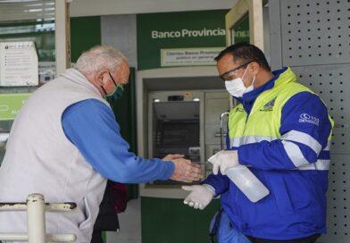 Vicente López continúa asistiendo a vecinos en entidades bancarias